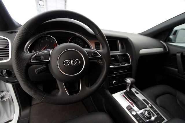 Picture of 2014 Audi Q7 3.0 TDI quattro Prestige AWD, interior, gallery_worthy