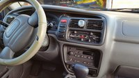 Picture of 2001 Chevrolet Tracker LT, interior