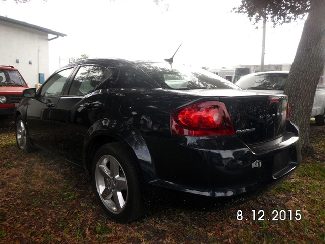 Picture of 2013 Dodge Avenger