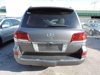 2013 Lexus LX 570 Picture Gallery