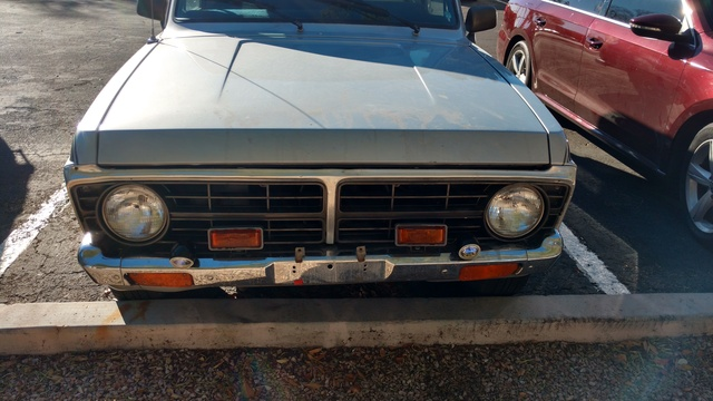 Picture of 1975 Ford Courier