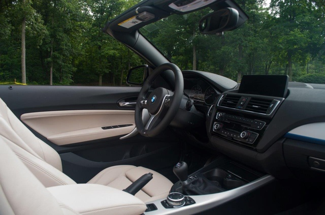 Picture of 2016 BMW 2 Series, interior, gallery_worthy