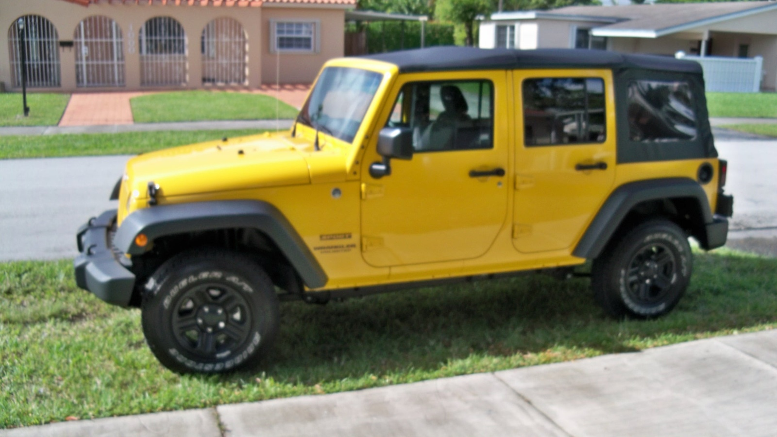 jeep wrangler unlimited questions turning off the interior lights New 2015 Jeep Wrangler how to get the interior lights to go off when i remove the doors there is no button to push in on the door frame and i can t find a switch either