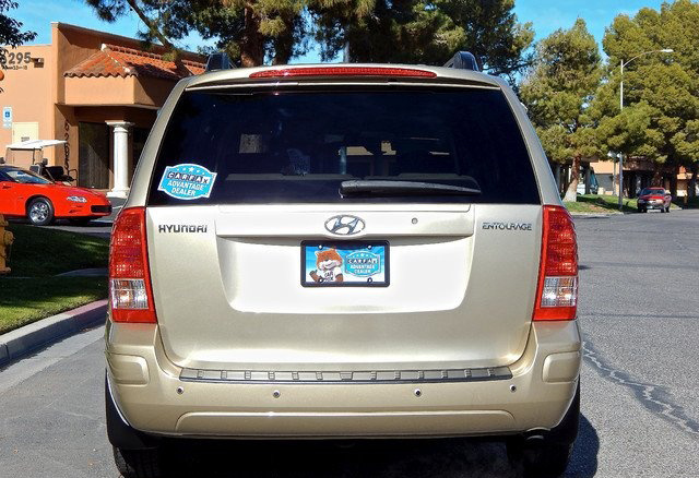 Picture of 2008 Hyundai Entourage GLS