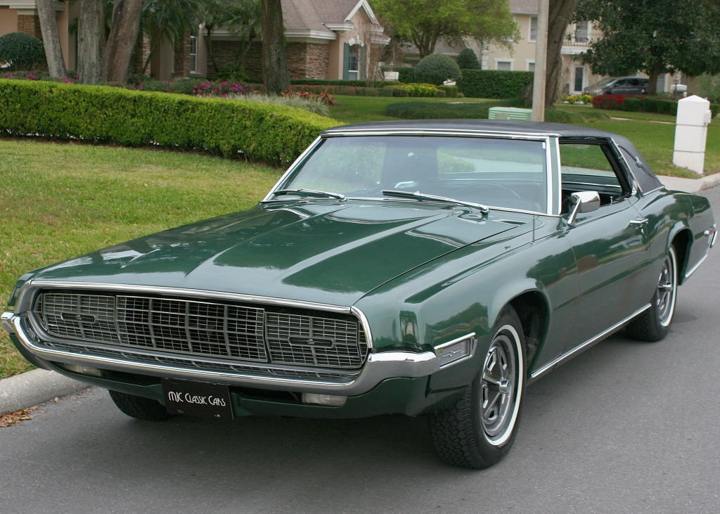 Larry Green Ford Ford Thunderbird Questions Are There 2