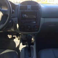 Picture of 2004 Kia Spectra EX, interior