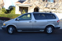 Picture of 2002 Toyota Sienna XLE