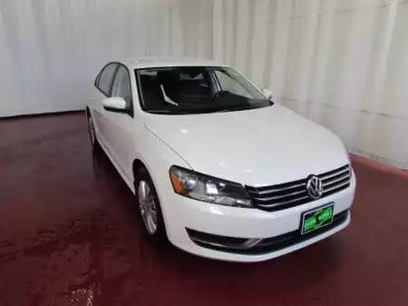 Picture of 2015 Volkswagen Passat S