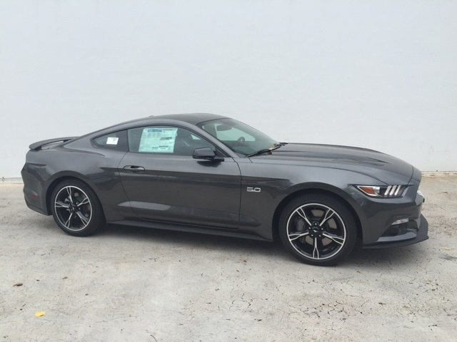 Picture of 2016 Ford Mustang GT Premium
