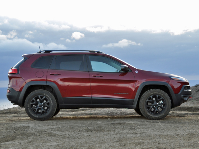 2016 jeep cherokee test drive review cargurus. Black Bedroom Furniture Sets. Home Design Ideas