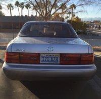 1993 Lexus LS 400 Overview