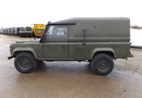 1990 Land Rover Defender Overview