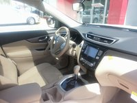 Picture of 2014 Nissan Rogue SV w/ SL, interior