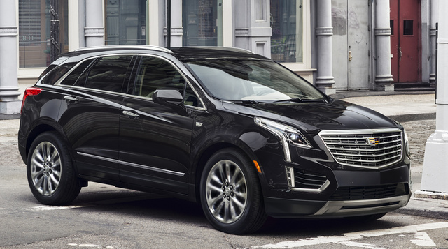 2017 Cadillac XT5, Front-quarter view. Copyright General Motors., gallery_worthy