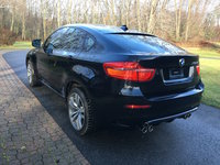2010 BMW X6 M Overview