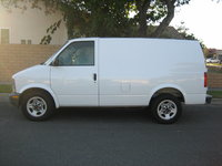 Picture of 2005 GMC Safari Cargo 3 Dr STD Cargo Van Extended, exterior, gallery_worthy