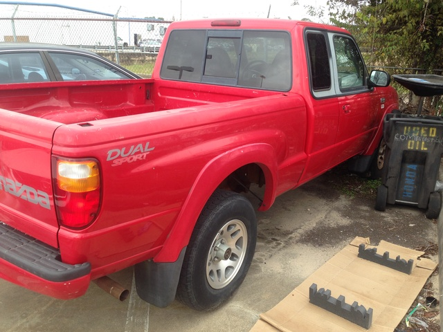 Picture of 2002 Mazda Truck 2 Dr B3000 Dual Sport Extended Cab SB