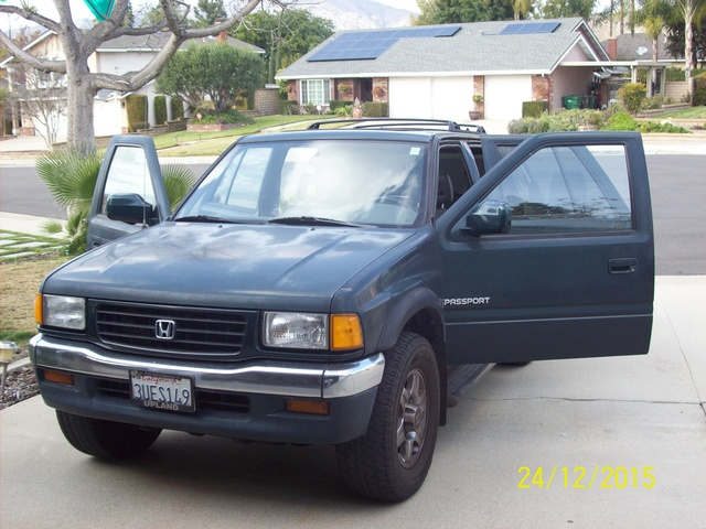 Picture of 1996 Honda Passport 4 Dr DX SUV