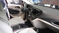 2017 Chrysler Pacifica, Pacifica front seat, interior, gallery_worthy