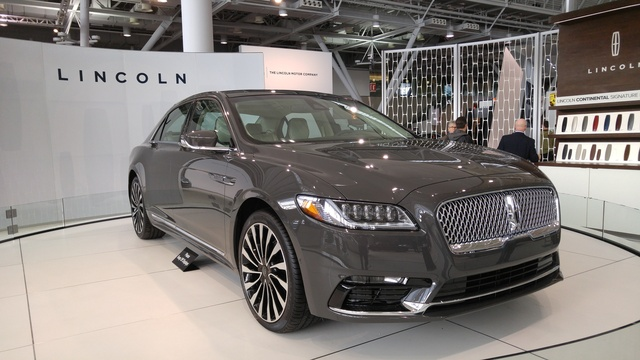 2017 Lincoln Continental, Continental Front Quarter, gallery_worthy