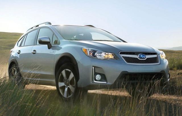2016 Subaru Crosstrek Hybrid, Front-quarter view, exterior, manufacturer, gallery_worthy