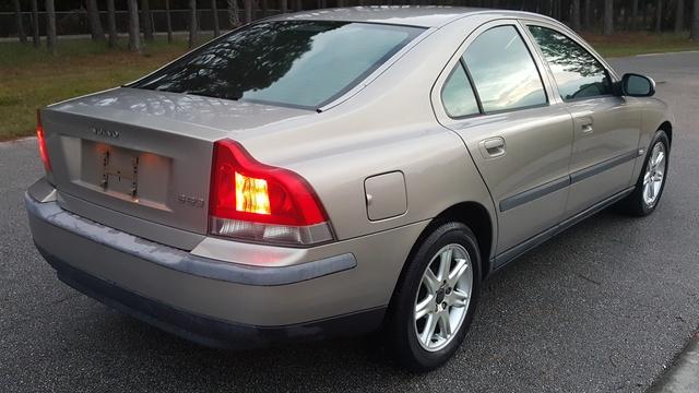 2002 Volvo S60