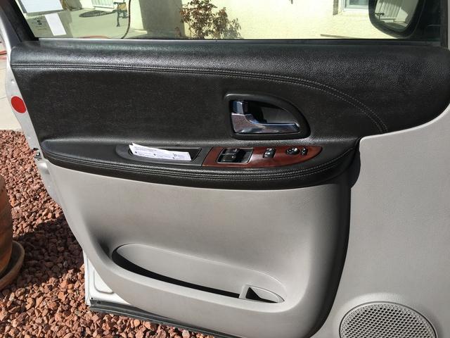 Picture of 2005 Chevrolet Uplander Cargo Van, interior