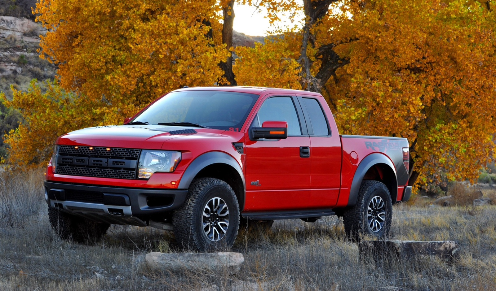 ford f 150 questions toyota tundra or ford f 150 svt raptor cargurus. Black Bedroom Furniture Sets. Home Design Ideas