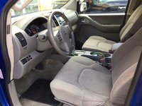 Picture of 2013 Nissan Frontier SV Crew Cab 4WD, interior
