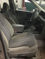 Picture of 2000 Chevrolet Malibu Base