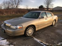 Picture of 2005 Lincoln Town Car Signature Limited, exterior