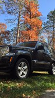 Picture of 2011 Jeep Liberty Limited 4WD, exterior