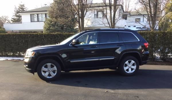 picture of 2012 jeep grand cherokee laredo 4wd exterior. Cars Review. Best American Auto & Cars Review