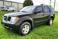 Picture of 2005 Nissan Pathfinder SE