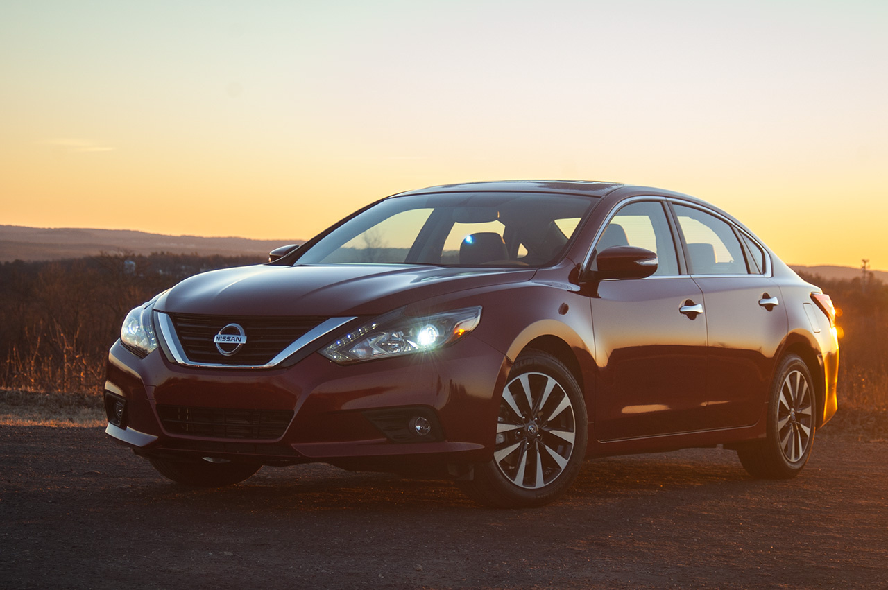 Picture of 2016 Nissan Altima 2.5 SL
