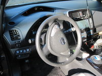 Picture of 2014 Nissan Leaf SL, interior