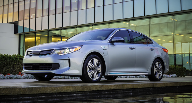 2017 Kia Optima Plug-In Hybrid, Front-quarter view., exterior, manufacturer, gallery_worthy