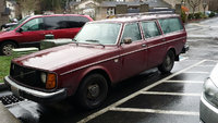 1975 Volvo 245 Overview