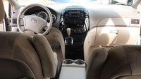 Picture of 2005 Toyota Sienna LE, interior