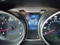 Picture of 2013 Hyundai Veloster Base, interior, gallery_worthy