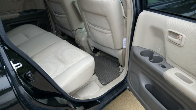 Picture of 2004 Toyota Highlander Base, interior