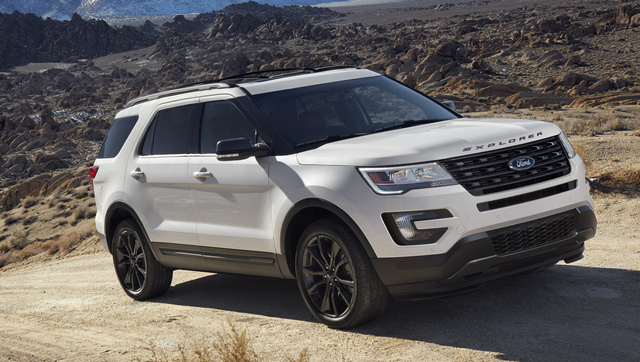 2017 Ford Explorer, Front-quarter view., exterior, manufacturer