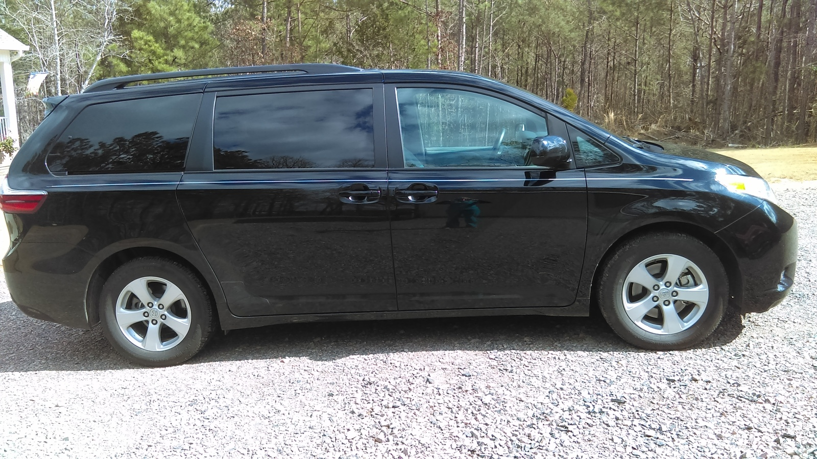 Picture of 2015 Toyota Sienna LE 8-Passenger