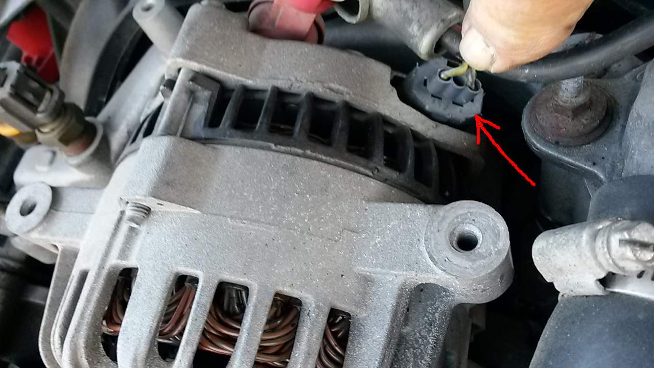 Ford Mustang Questions 01 Gt Battery Light Wont Go Off 95 Fuse Diagram Engine A Yellow White Stripe Wire That Goes To The Under Hood Box Is This Wiring Issue Or There Something Going South With Alternator Regulator
