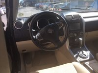 Picture of 2013 Suzuki Grand Vitara Premium, interior, gallery_worthy