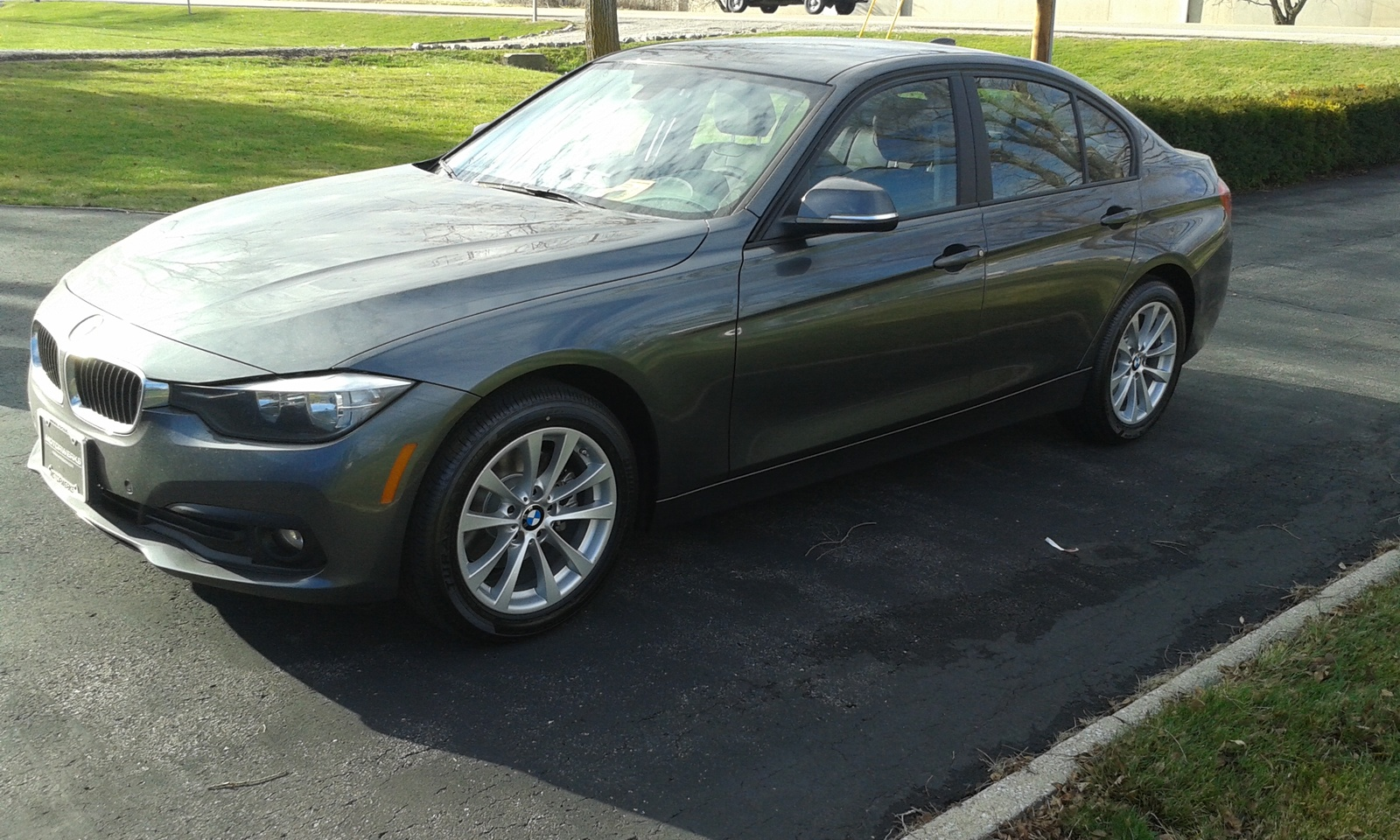 Picture of 2016 BMW 3 Series 320i xDrive