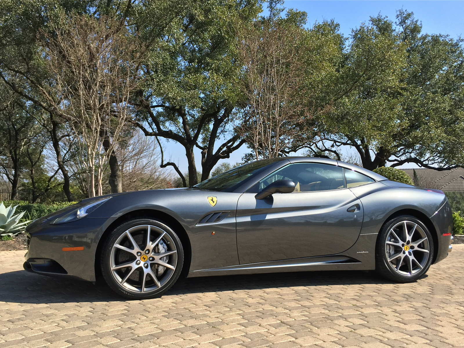 Ferrari California Gt Convertible Pic X on Used Lexus Is Convertible