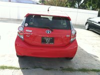 Picture of 2012 Toyota Prius c, exterior, gallery_worthy