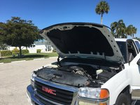 Picture of 2005 GMC Sierra 1500HD 4 Dr SLE 4WD Crew Cab SB HD, exterior, engine