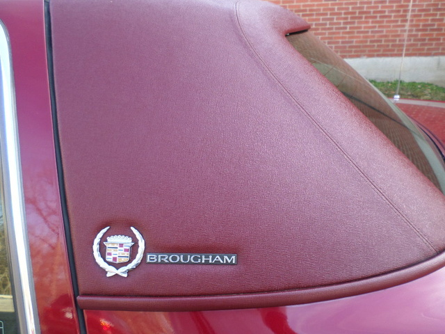 Picture of 1994 Cadillac Fleetwood Base Sedan